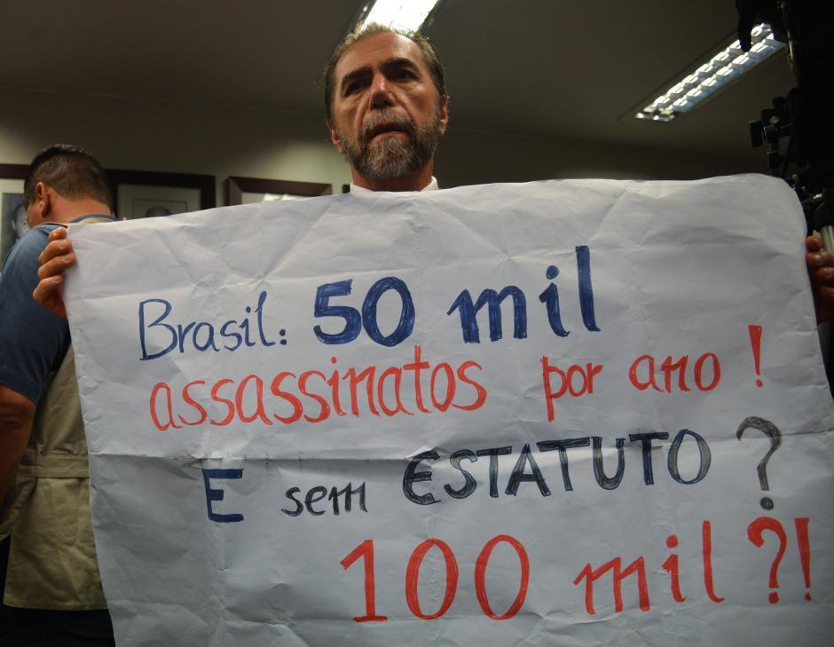 Protesto na Câmara dos Deputados em 2015 contra proposta de revogação do Estatuto do Desarmamento.Foto: Fábio Rodrigues Pozzebom